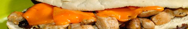 Sándwiches en pan artesanal