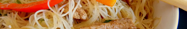 Mi-fen (fideos de arroz fino salteados con verduras)