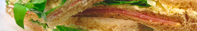 Sándwiches triples de miga