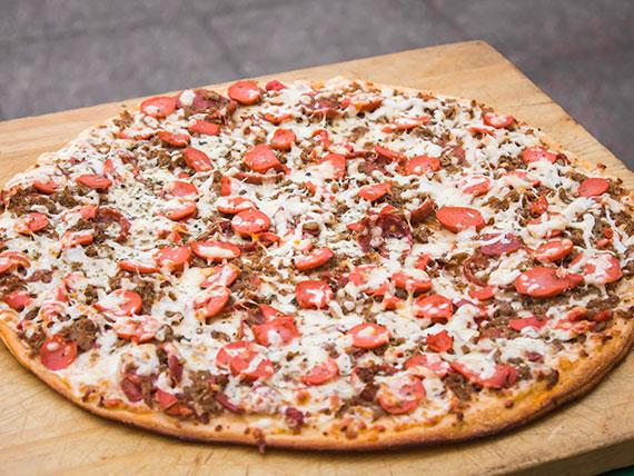 13 - Pizza alemana familiar