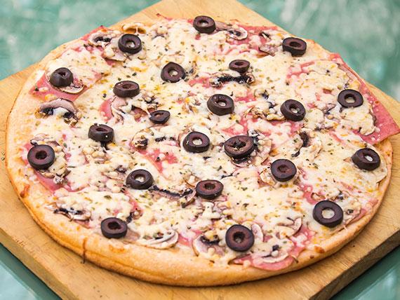 14 - Pizza champiñón familiar