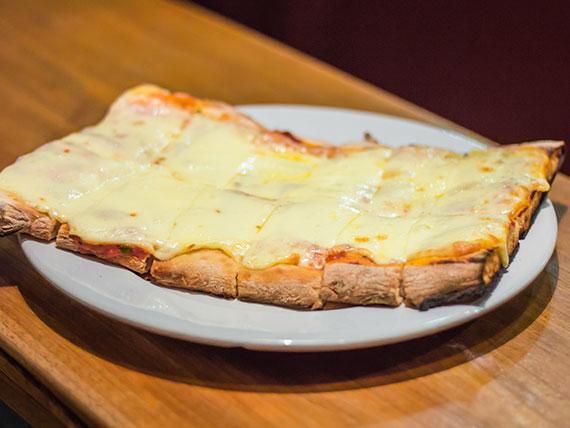 Porción pizza muzzarella 2 x 1