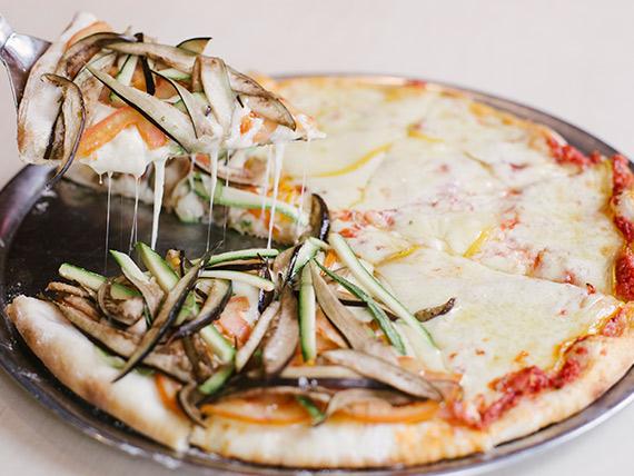 Pizza mitad y mitad grande