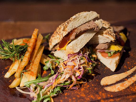 Sándwich americano de lomito
