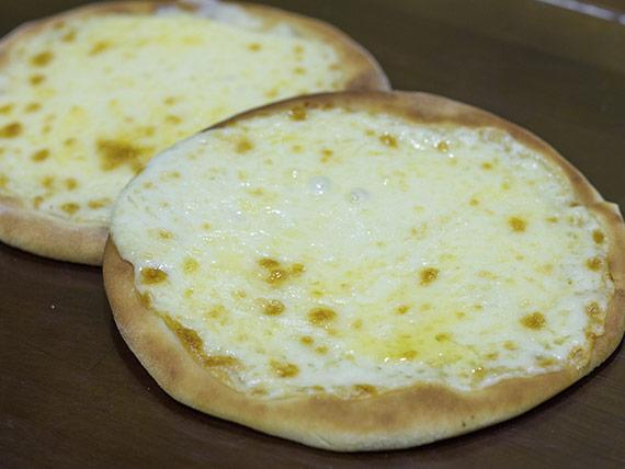 Esfiha queijo