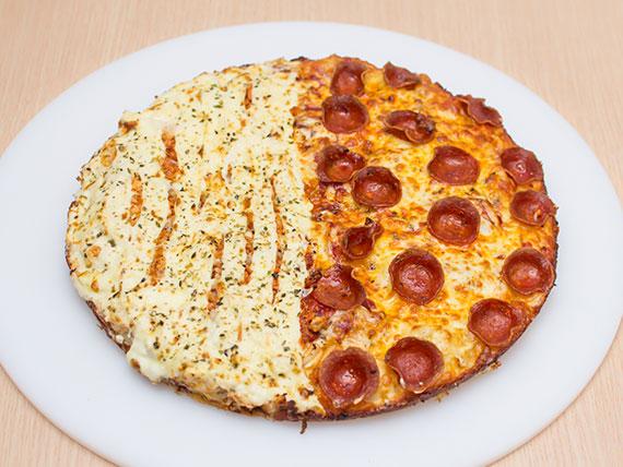 Pizza meio à meio grande