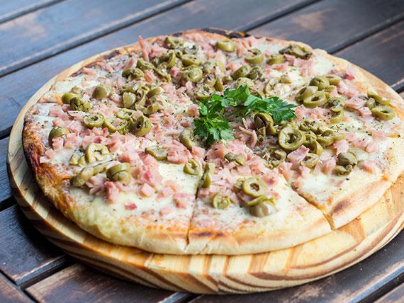Pizza clásica con jamón (2 personas)